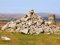 Dartmoor tour - Cairn at Hambledown