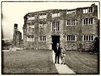 Ghost tours Berry Pommeroy Castle