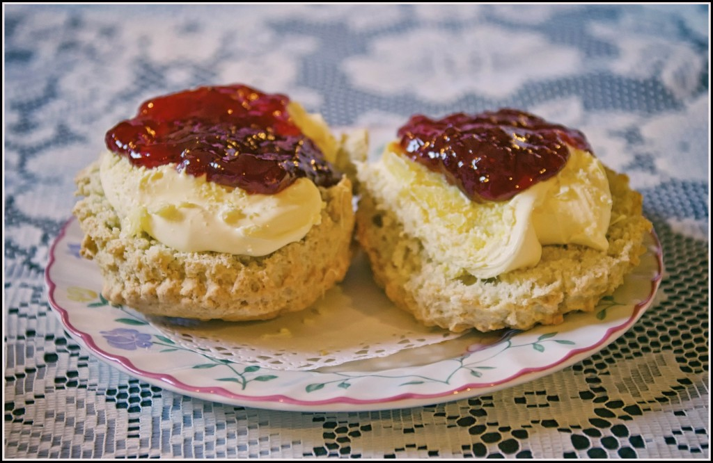 Cream first, then the jam!