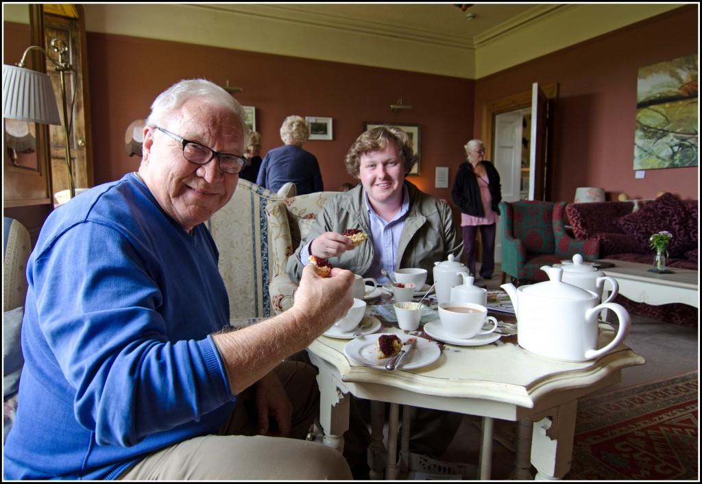 Devonshire-Cream-Tea-First-Taste