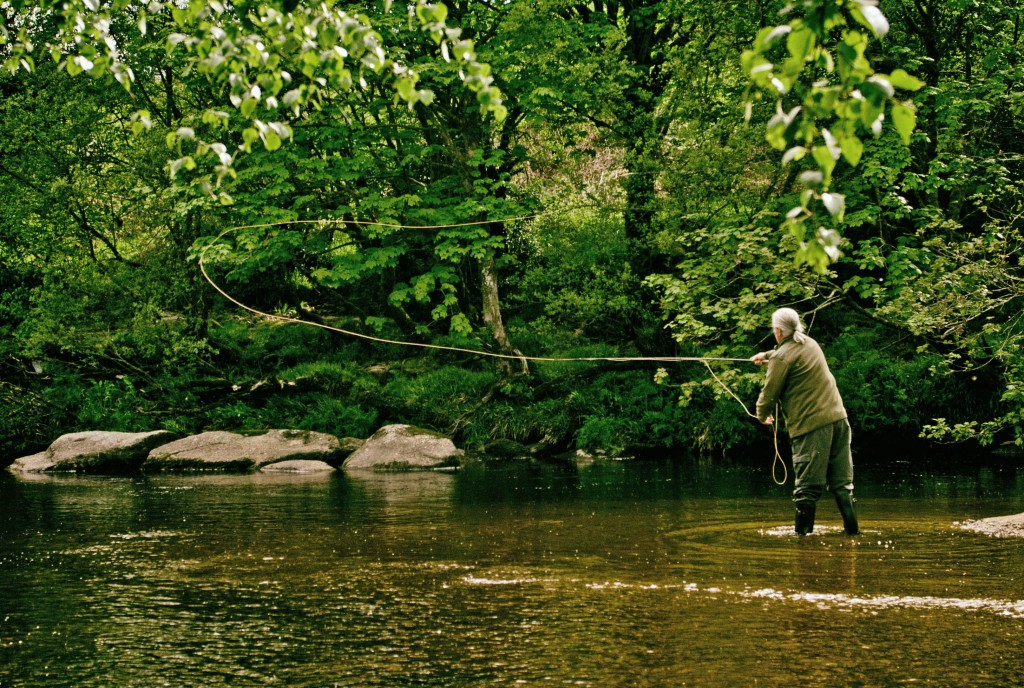 fly-fishing-river-dart